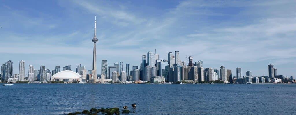 Ontario Immigrant Nominee Program - Toronto City skyline